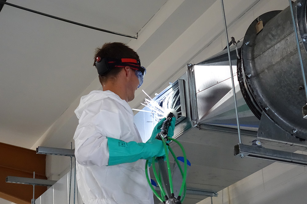 Hasman specialist training in commercial kitchen duct cleaning